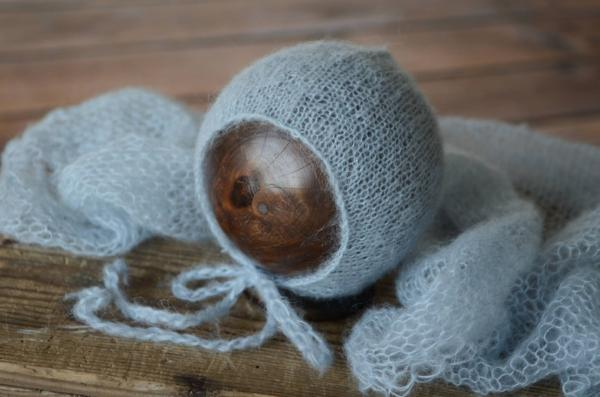 Set Wrap aus Angora mit Mütze in Hellblau
